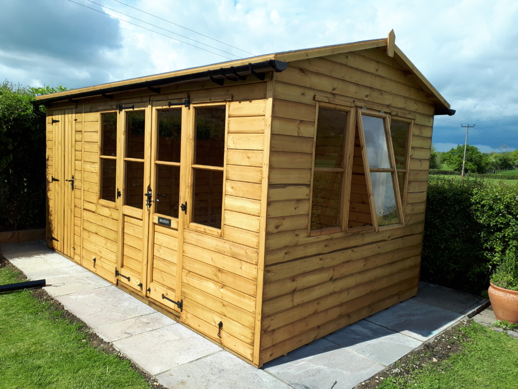 Large summer house with shed combo