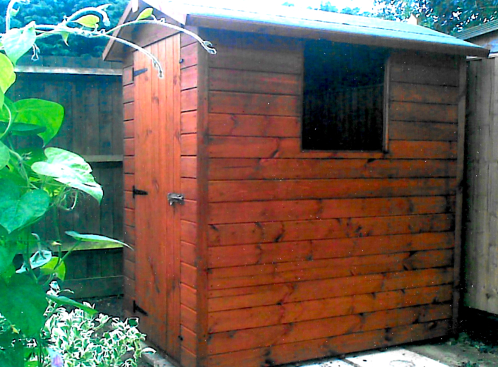 6 x 4 Garden shed with pitched roof