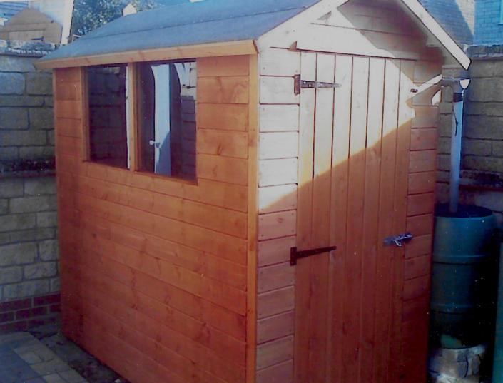 7 x 4 Garden shed with pitched roof and side door