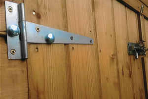 Security fitting for Shed